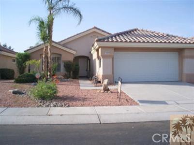 78420 Prairie Flower Drive, Palm Desert CA: http://media.crmls.org/medias/f462c585-1ba0-4483-834d-7ba0a17ea0a9.jpg