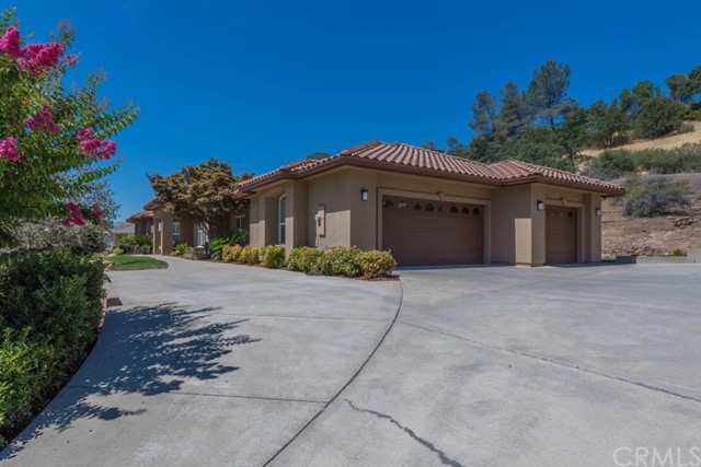 816 Whispering Winds Ln, Chico, CA 95928 Photo