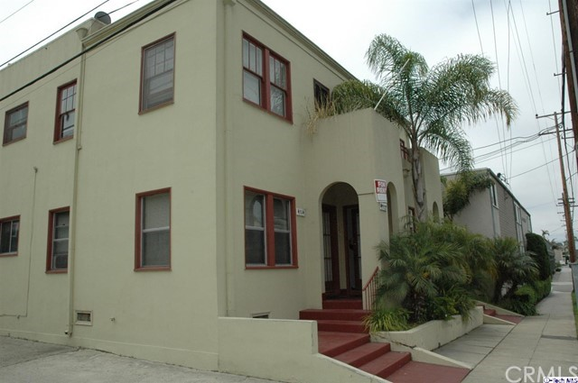 Residential Income for Sale at 4108 E Broadway 4108 E Broadway Long Beach, California 90803 United States