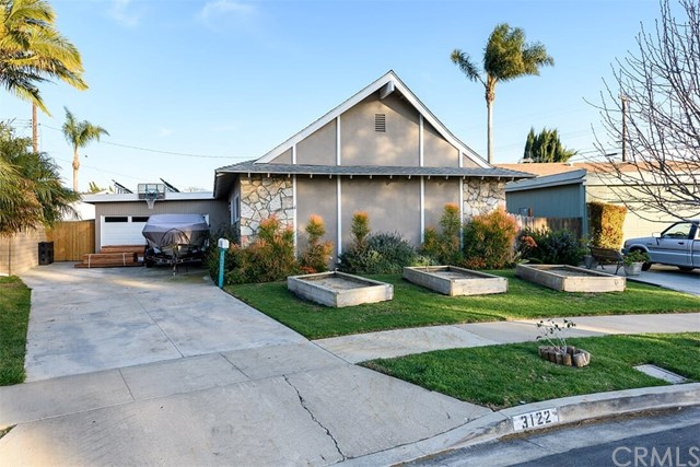 3122 Kerry Lane, Costa Mesa CA: http://media.crmls.org/medias/f47c0e40-dbd4-47d7-a009-7af5c3053d91.jpg