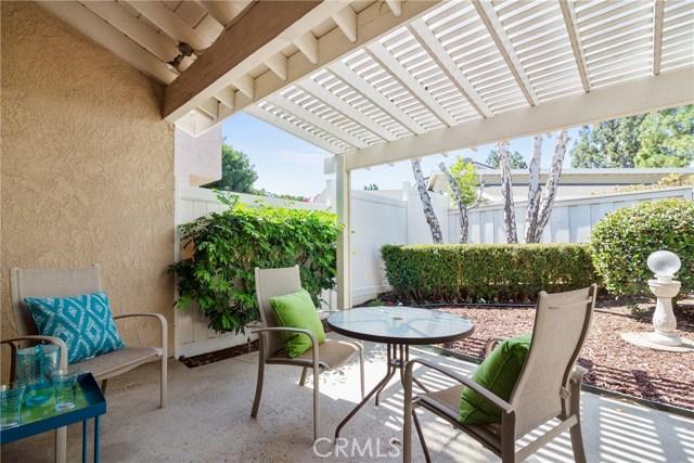 915 S Ridgecrest Circle, Anaheim Hills CA: http://media.crmls.org/medias/f47d5940-b73c-4f85-a90e-f07cdfa8ccb4.jpg