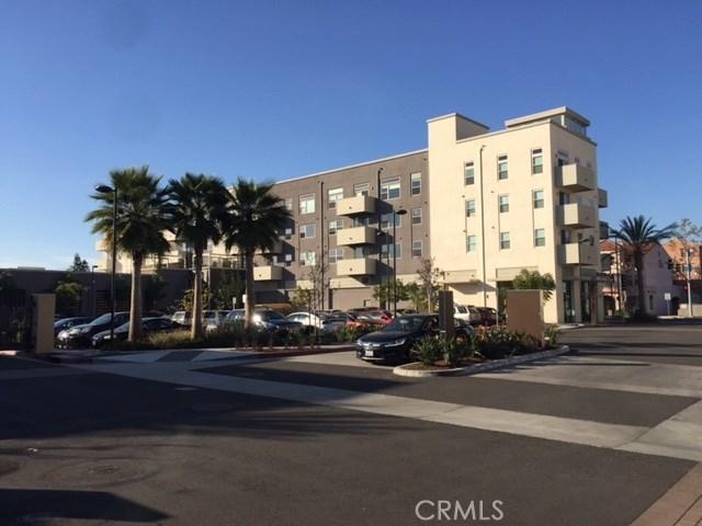 共管式独立产权公寓 为 销售 在 616 Colorado Circle 卡尔森, 加利福尼亚州 90745 美国