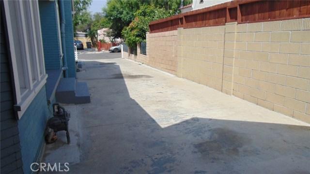 911 Kilson Drive, Santa Ana CA: http://media.crmls.org/medias/f4a59dba-76d0-4bc8-8ff7-eb3b71b21bf1.jpg