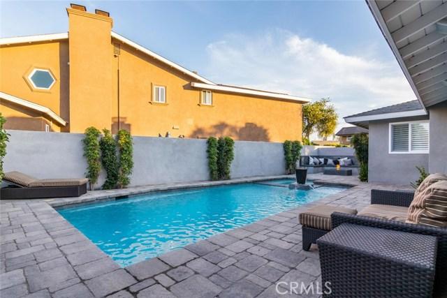 3100 Julian Avenue, Long Beach CA: http://media.crmls.org/medias/f4b45bd5-3f8b-4cfd-bb07-1d85ea7d37cd.jpg