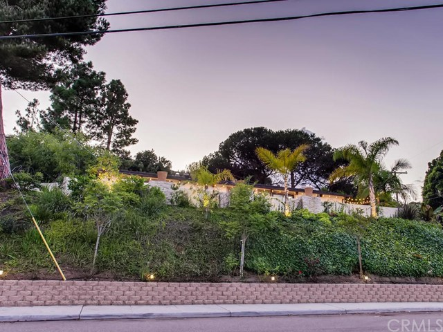 3087 Cranbrook Court, La Jolla CA: http://media.crmls.org/medias/f4b86de3-05a2-4e99-b97e-bf2c51d23cec.jpg