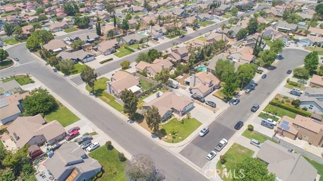 1145 Wildflower Street, Rialto CA: http://media.crmls.org/medias/f4bd0130-9646-4698-91ac-7e8a8bf8ecaa.jpg