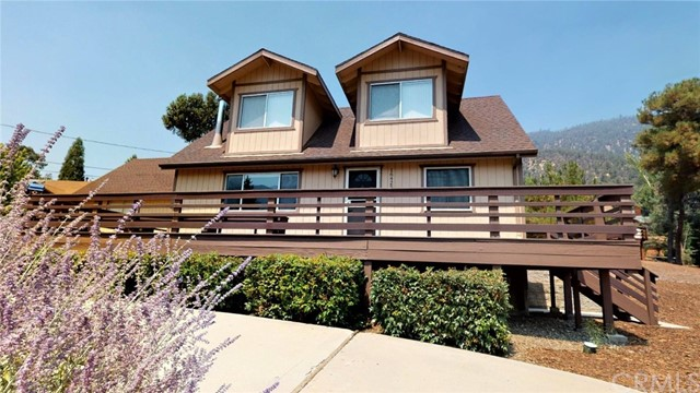 16425 Huron Drive, Pine Mountain Club CA: http://media.crmls.org/medias/f4bd502f-57fb-4450-9547-3f2927d79ca7.jpg