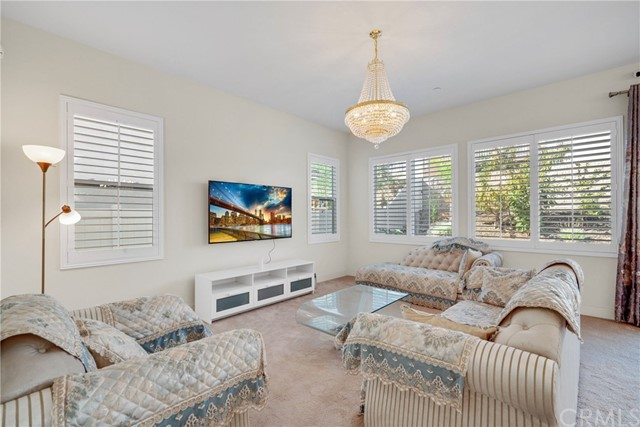 15840 Kingston Road, Chino Hills CA: http://media.crmls.org/medias/f4c17bc4-a52e-4a31-9c38-8868858b604d.jpg