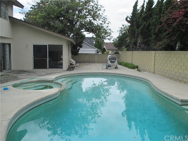 2129 W Chanticleer Rd, Anaheim, CA 92804 Photo 4