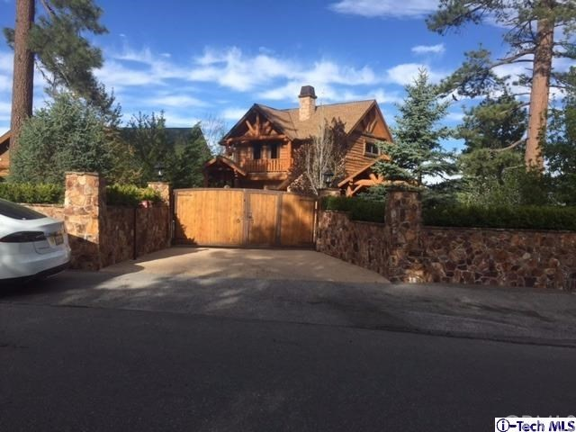 Single Family Home for Sale at 216 Eagle Drive N Big Bear, California 92315 United States