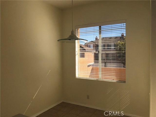 1511 Reggio Aisle, Irvine, CA 92606 Photo 3