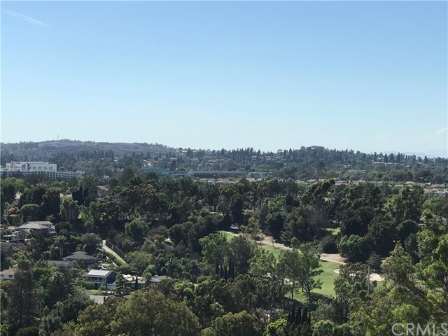 2033 Skyline Drive, Fullerton CA: http://media.crmls.org/medias/f4d24732-a4c6-4ebb-ab54-5c03112d26e5.jpg