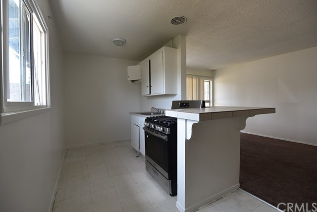 417 W Guinida Ln, Anaheim, CA 92805 Photo 4