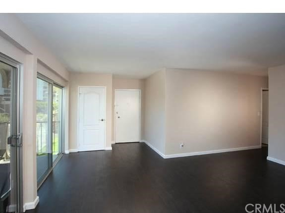 215 Atlantic Avenue, Long Beach CA: http://media.crmls.org/medias/f4f83d03-16c6-4db8-b869-63f2a2645c61.jpg
