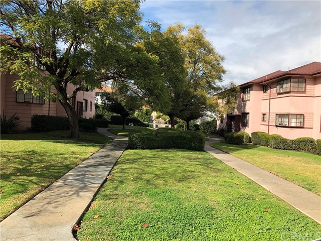 4045 Abourne Rd, Los Angeles, CA 90008 Photo 4