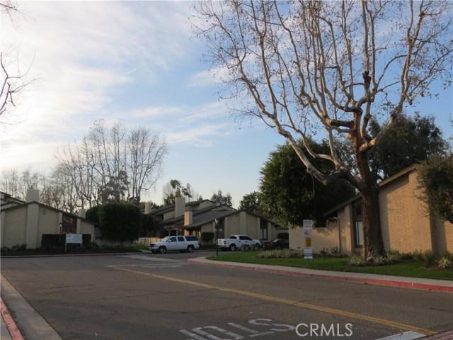 2622 N Tustin Avenue, Santa Ana CA: http://media.crmls.org/medias/f50cc9b9-bc77-4cb4-b391-b3211bb4708e.jpg