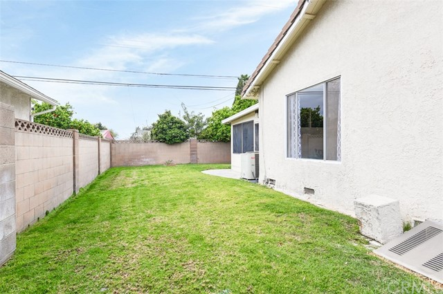 645 S Gilbert St, Anaheim, CA 92804 Photo 3