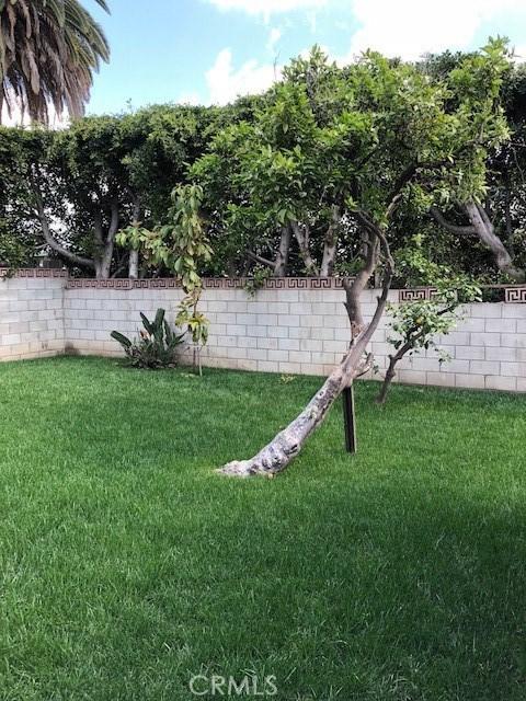 1758 S Fairfax Avenue Los Angeles, CA 90019 - MLS #: DW18109168