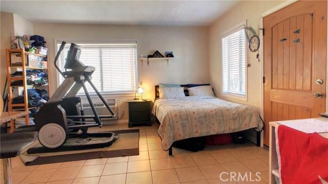 212 Catalina Avenue, Avalon CA: http://media.crmls.org/medias/f51e33d7-c4ba-4ef5-bf6e-e399569d6c62.jpg