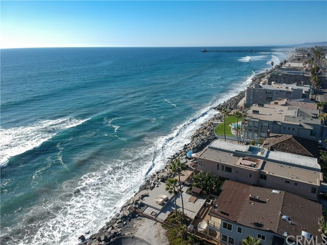 933 S Pacific Street, Oceanside CA: http://media.crmls.org/medias/f52903bd-08ed-496b-8c4f-a70ad31e81f9.jpg