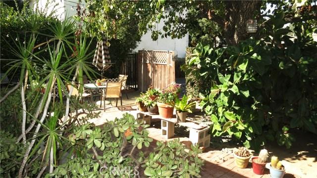 392 Ralcam Place, Costa Mesa CA: http://media.crmls.org/medias/f5296db7-3fcf-42e3-ab0d-b78945f6acab.jpg