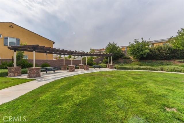 30310 Eagle Ridge Ct, Murrieta CA: http://media.crmls.org/medias/f52cc12c-2aca-4de9-9c7d-2172729d499a.jpg