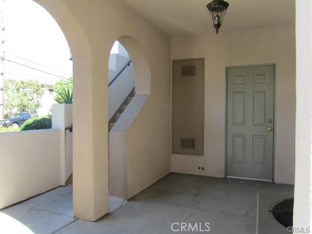 11540 216th Street, Lakewood CA: http://media.crmls.org/medias/f5409916-69a2-4d9c-8857-4279820f3a2c.jpg