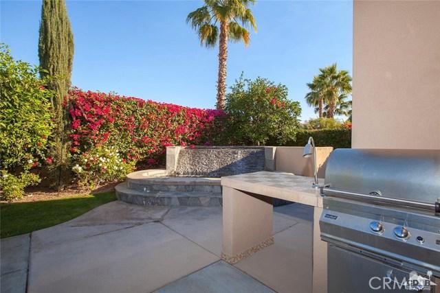 81448 Joshua Tree Court, La Quinta CA: http://media.crmls.org/medias/f545343c-c0e3-4bfd-b10a-e0dc761caf9c.jpg