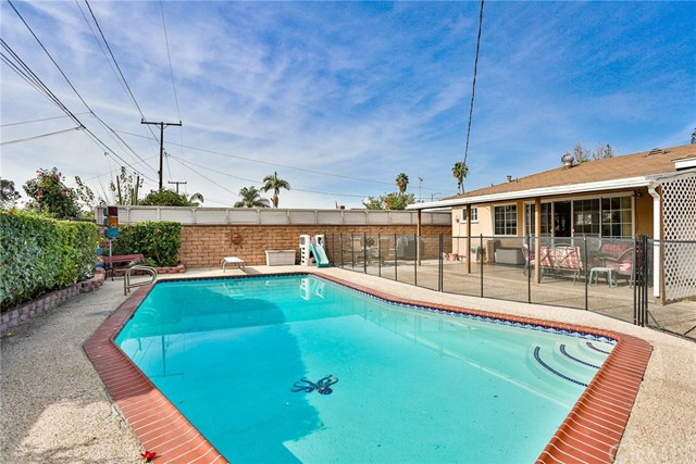 1446 E Blossom Ln, Anaheim, CA 92805 Photo 11