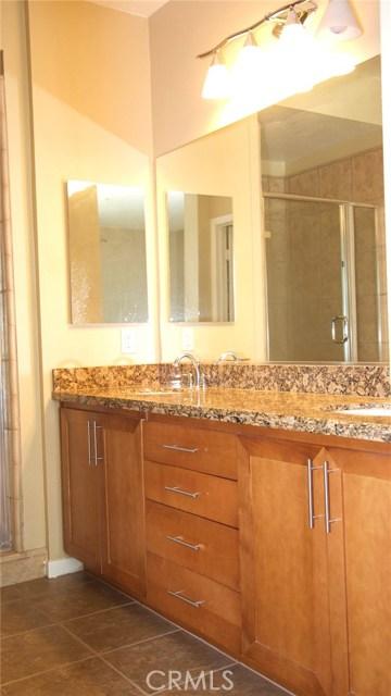 111 S De Lacey Avenue, Pasadena CA: http://media.crmls.org/medias/f550fc4c-6780-4d8f-b469-05e09bacfcae.jpg