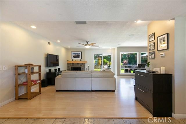 310 N Redrock Street, Anaheim CA: http://media.crmls.org/medias/f551ce14-de8b-418b-8ac8-dffbb4102891.jpg