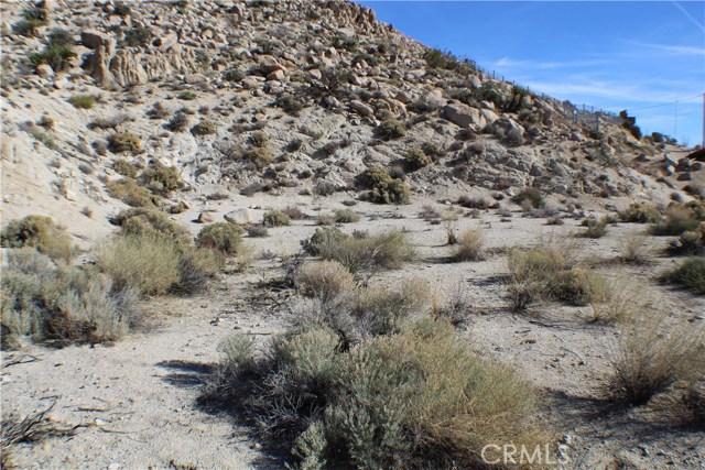 0 Bandera Road, Yucca Valley CA: http://media.crmls.org/medias/f556be11-5845-4840-a312-edfbf130855e.jpg