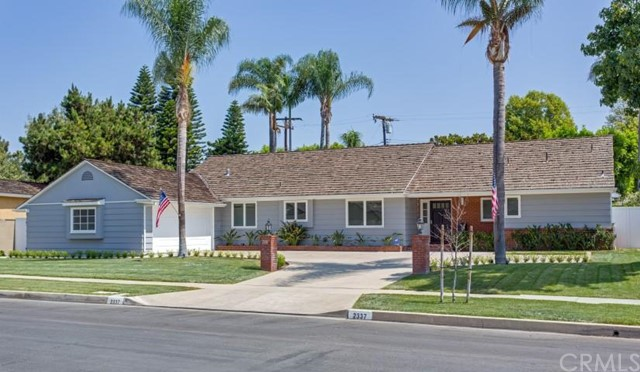 Single Family Home for Sale at 2337 North Westwood St 2337 Westwood Santa Ana, California 92706 United States