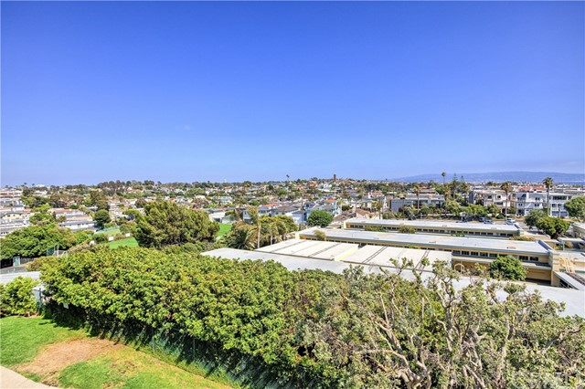 469 26th St, Manhattan Beach, CA 90266 photo 4