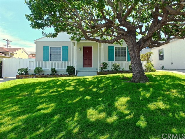 Single Family Home for Sale at 7270 85th Street W Westchester, California 90045 United States