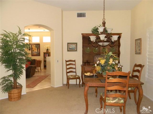 78260 Willowrich Drive, Palm Desert CA: http://media.crmls.org/medias/f59bbbdc-9b03-407a-8da8-caebc6a9ae86.jpg