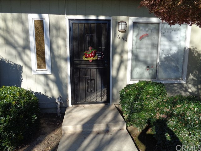 1644 W North Bear Creek Drive, Merced CA: http://media.crmls.org/medias/f5a97c0a-b905-4329-937e-9868c2ed6ed9.jpg