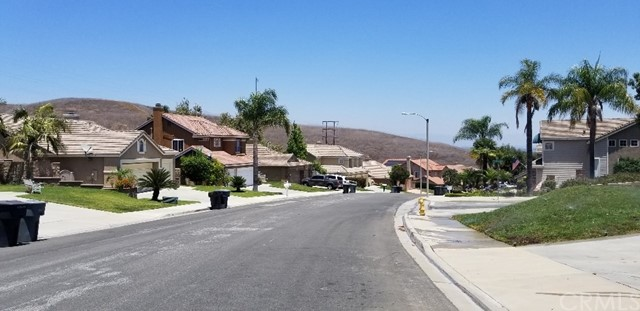 2005 Vista Del Sol, Chino Hills CA: http://media.crmls.org/medias/f5b0c7b4-46e2-48ea-9443-bb4310aaccf4.jpg