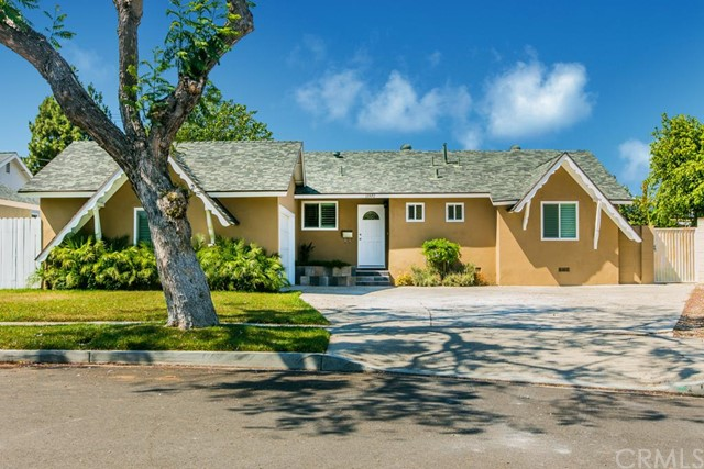 Single Family Home for Sale at 13372 Roberta St Garden Grove, California 92843 United States