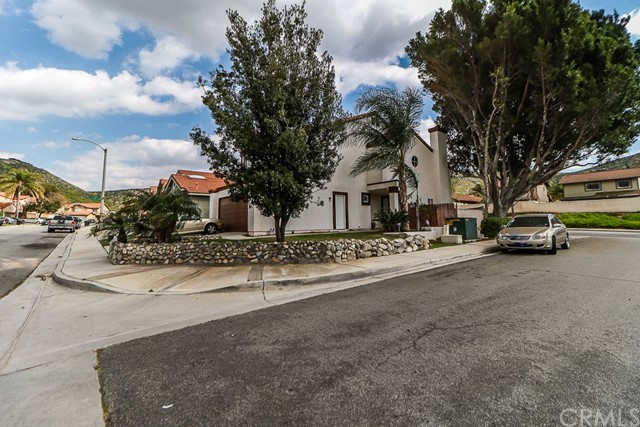 14735 Cinnamon Drive Fontana CA 92337