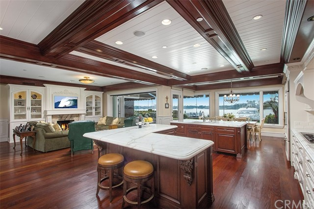 26 Harbor Island Newport Beach, CA 92660 - MLS #: NP18060528