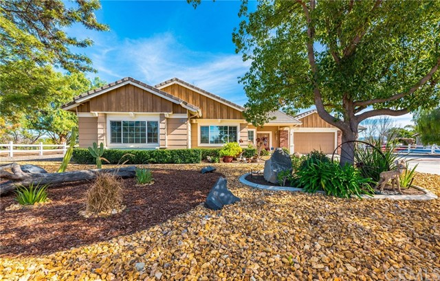 Photo of 36910 Hidden Trail Court, Winchester, CA 92596