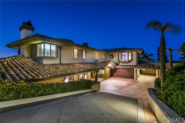 3324 Crownview Drive, Rancho Palos Verdes CA: http://media.crmls.org/medias/f5dd846f-8f22-497a-8146-eada7b76c5b0.jpg