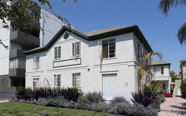 Residential Income for Sale at 470 S Roxbury Drive 470 S Roxbury Drive Beverly Hills, California 90212 United States