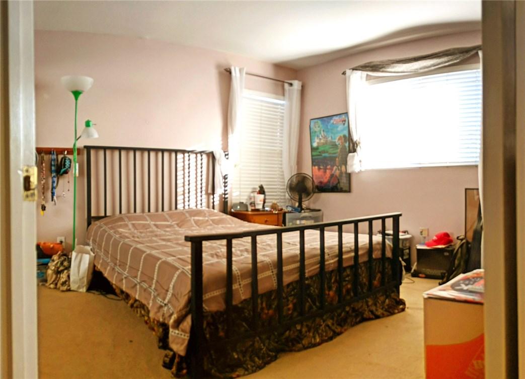 43612 Calabro Street, Temecula CA: http://media.crmls.org/medias/f5dfb6ff-04de-4b14-aefe-7932241f6ac7.jpg