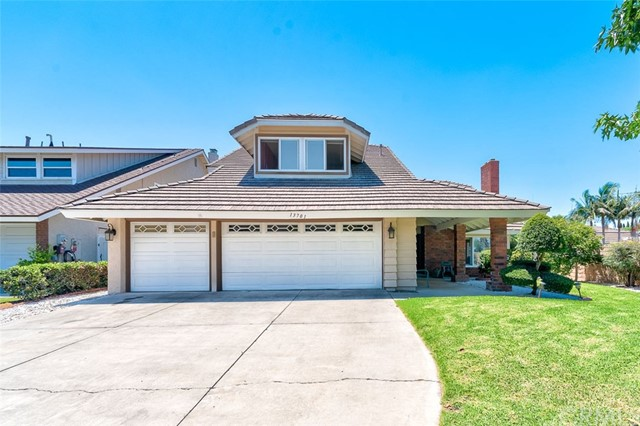 Photo of 13701 Palace Way, Tustin, CA 92780