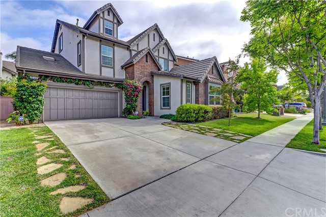 1840 W Meadowbrook Drive, Santa Ana, CA 92704