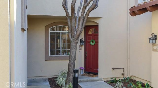 290 Pasto Rico, Rancho Santa Margarita CA: http://media.crmls.org/medias/f5f4ca10-7411-491e-8102-80db10ea584d.jpg