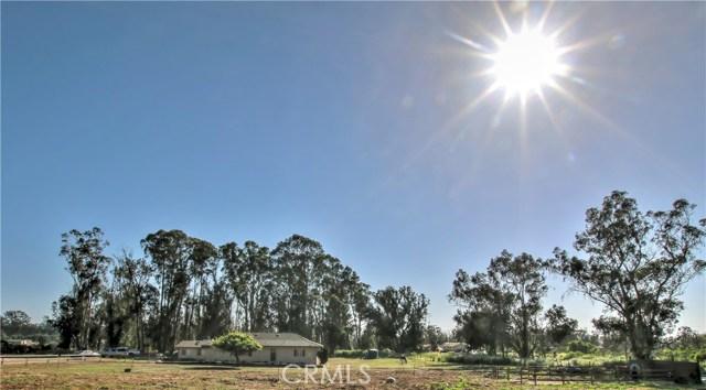 2265 Woodland Hills Road, Arroyo Grande, CA 93420