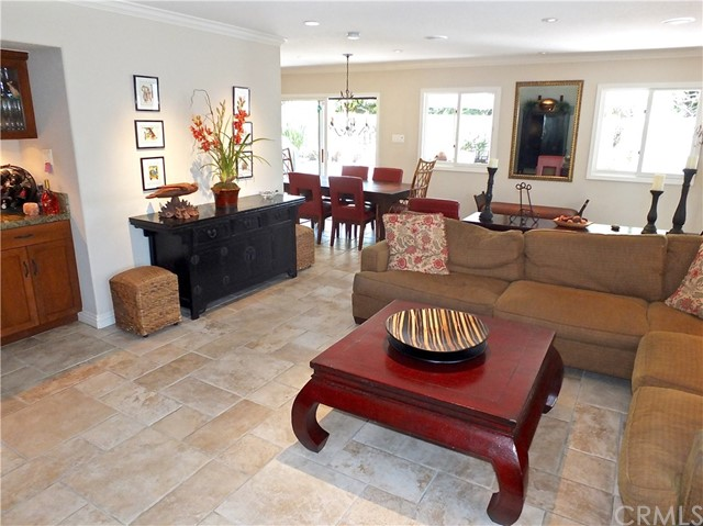 5297 Appian Way, Long Beach CA: http://media.crmls.org/medias/f5ffcdae-401a-40a9-9175-239a5098a864.jpg